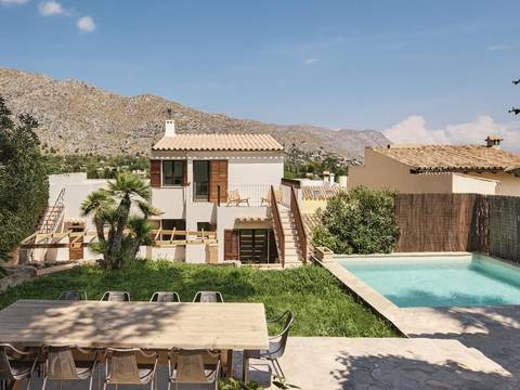 POL20273RM Unique 5 bedroom town house with private pool in Pollensa