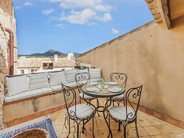 Charming town house near the centre in Pollensa with lovely views to the port and mountains