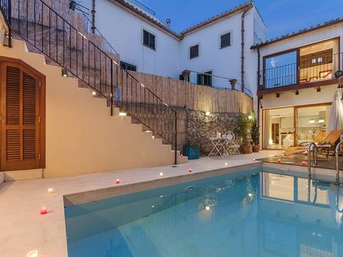 POL2738RM Elegant 4 bedroom town house with spacious terrace areas and pool in Pollensa