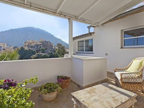 POL2774RM Charming house with ground floor and duplex apartments near the main square in Pollensa
