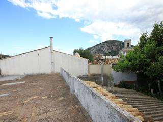 Town house for sale in Pollença with charming roof terrace
