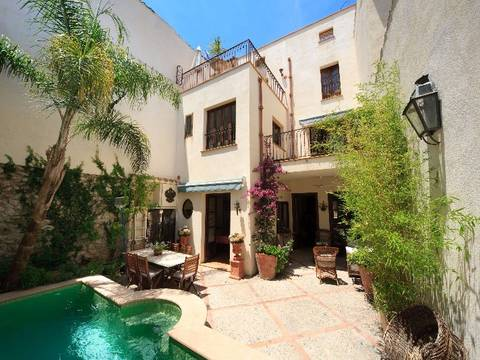 POL2VOP761_NEW Impressive stylish town house in the heart of the old town!