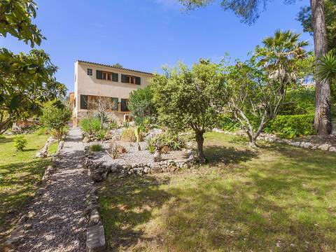 POL40158 Traditional villa with garden, pool and guest house in Pollensa