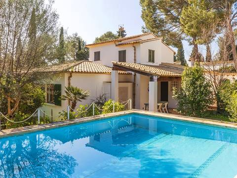 POL40266 Country villa with mountain views in an exclusive residential area near Pollensa town