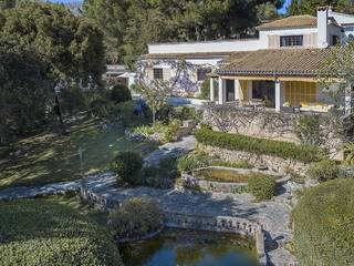 Captivating country villa with independant guest cottage not far from Pollensa town