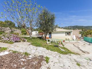 4 bedroom villa in a quiet residential location about 8 minutes by car to Pollensa town