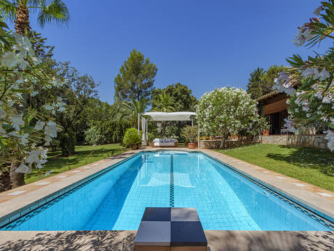 POL40328RM Charming villa in an idyllic and enchanting setting situated in Pollensa's most exclusive area