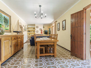 Traditional villa with coveted ETV tourist rental license for sale in Pollensa