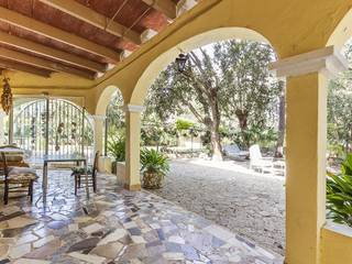 Three bedroom Spanish villa with a swimming pool in a quiet area of Crestatx