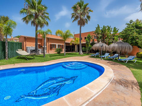 POL40526 Spacious villa with holiday rental license in Crestatx, near Pollensa old town