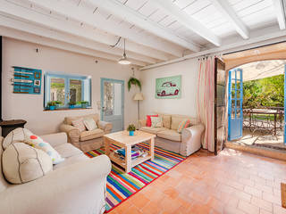 Country villa with rustic charm and pretty gardens in Pollensa