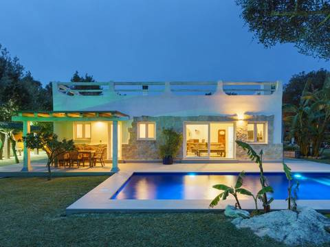 POL40611 Idyllic villa with picturesque gardens and a yoga room near Pollensa