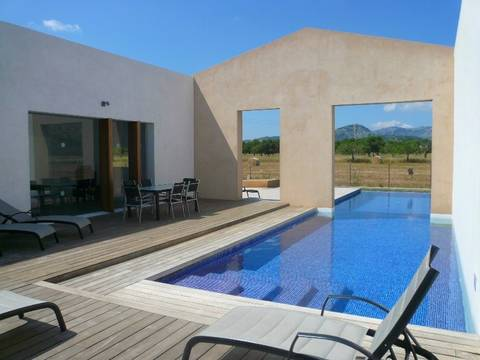 POL4427POL5 DESIGNER & RECENTLY BUILT COUNTRY HOME IN POLLENSA IN THE NORTH OF MALLORCA