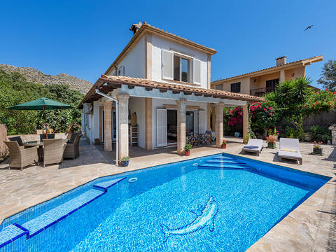 POL4759CAV4RM Family villa with private pool, just a short walk from the beach in Cala San Vicente