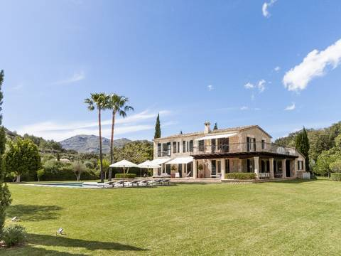 POL4985POL5 Outstanding country property for sale embedded in Pollensa´s magnificent landscape