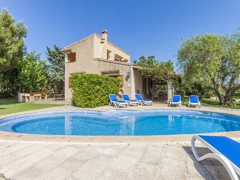 POL50047 Charming country house with holiday rental license between Pollensa town and the port
