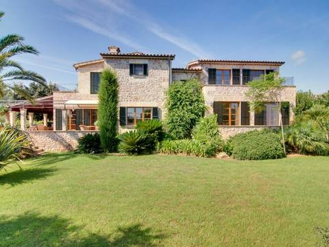 POL5048 Remarkable country house for sale in Pollensa, near the golf course