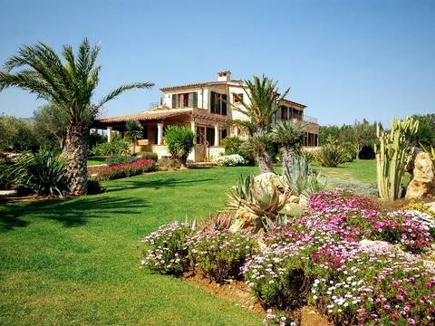 POL5048NEW Remarkable country house for sale in Pollensa, near the golf course