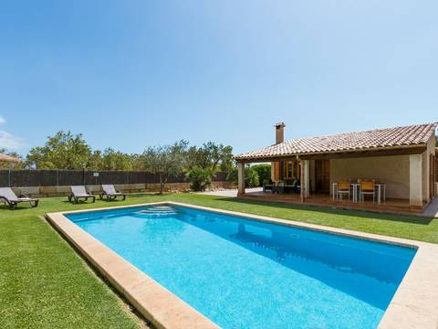 POL52401 Pretty country home with ETV rental license, pool and BBQ summer kitchen near Pollensa