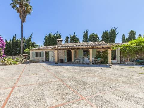 POL52404LTRENT Attractive country home with swimming pool and mountain views in Pollensa