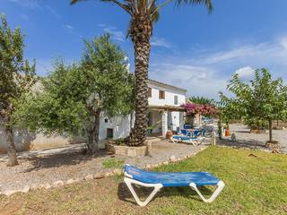 Rustic finca with a large plot and a high level of privacy in Pollensa
