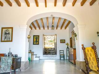 Magnificent country estate with sweeping views over the mountains to the sea in Escorca