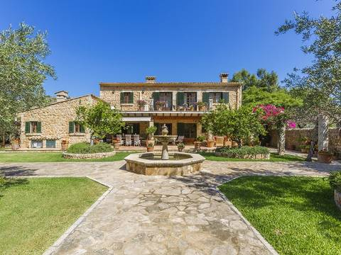 POL52491 Sensational country property for sale in one of Pollensa's most beautiful valleys
