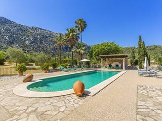 Sensational country property for sale in one of Pollensa's most beautiful valleys