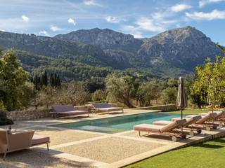 Luxurious five bedroom country home with stunning valley views near Pollensa