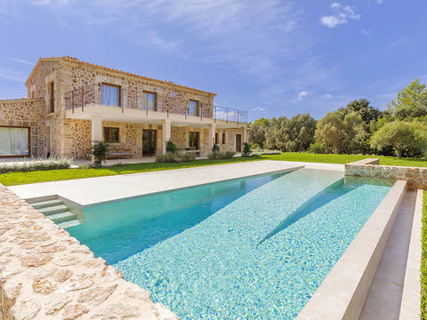 POL52536 Brand new finca perfectly situated in a prestigious area near Pollensa