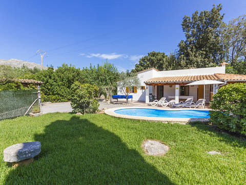 POL52578ETVRM Charming 2 bedroom country property with pool, located in the picturesque north of Mallorca