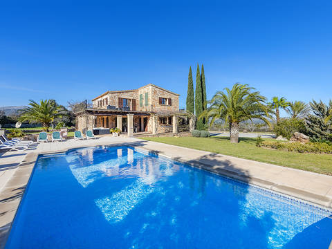 POL5284ETV Elegant country house with ETV rental license and views of Pollensa bay