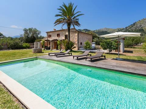 POL5528RM Gorgeous, completely renovated country house for sale near Pollensa town