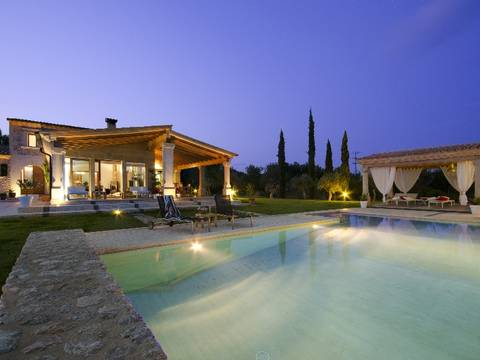 POL5539ETV Beautiful villa in stunning surroundings close to the Pollensa golf course