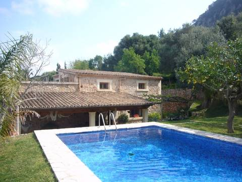 POL5558 Country property with breathtaking views within walking distance to Pollensa town