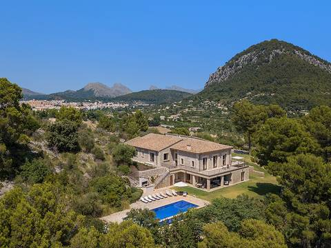 POL5675 Beautiful and exquisite villa in short distance to Pollensa
