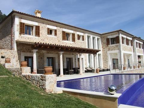 POL5676 Amazing villa with views over two bays consisting of two plots in Pollensa