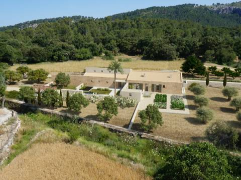 POL5746_NEW Contemporary country house in Pollensa.: highest standards in exclusive location close to Pollensa Old Town