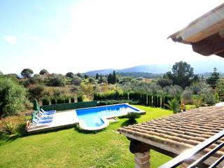 Modern villa with large private pool and beautiful views on the surrounding mountains in Pollença