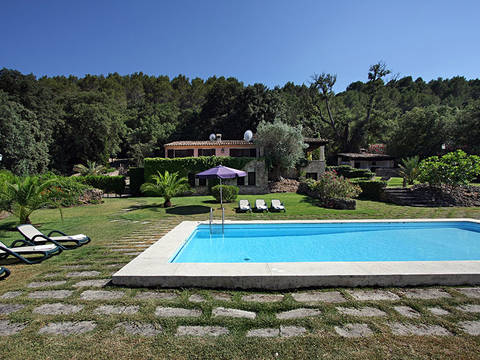 POL5824 Tasteful villa for sale in Pollença in lovely and quiet surroundings