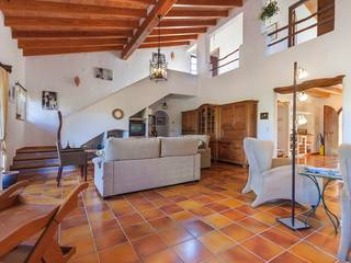 Charming country house for sale in perfectly tranquil surroundings very near to Pollensa