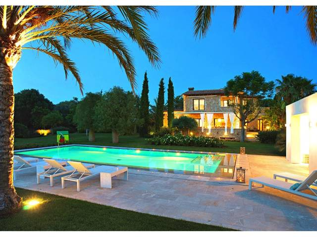 Villa Llenaire Pollensa is  luxurious family home available for long-term rent near Pollensa