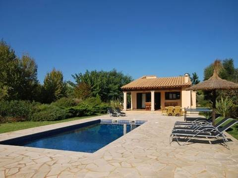 POL5VOP981ETV Rustic villa with rental license in a quiet area between Pollensa and the port