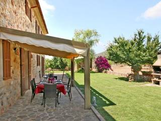 5 bedroom country home with holiday rental license in Porreres