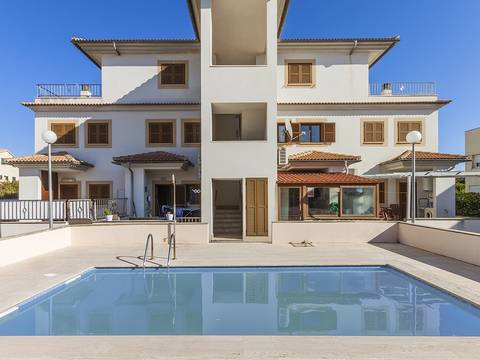 PTA11573ALC1 3 bedroom duplex apartment with parking and a communal pool located in Puerto Alcudia