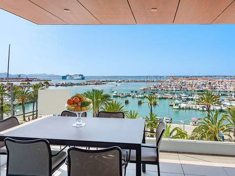 PTA11778 Front line apartment with clear views of the marina in Puerto Alcudia