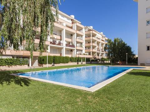 PTA1415ALC1 Attractive garden apartment for sale with mountain and lake views in Puerto Alcudia
