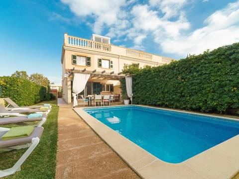 PTA20027ALC4 Modern semi-detached house with pool within walking distance to the beach in Puerto Alcudia