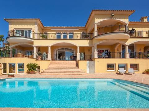 PTA40319 Magnificent villa with awesome sea views and independent guest house in Puerto Andratx