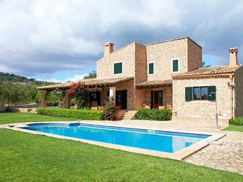 PTC5778VAD Gorgeous stone house with possibility of a separate guest house in Porto Colom